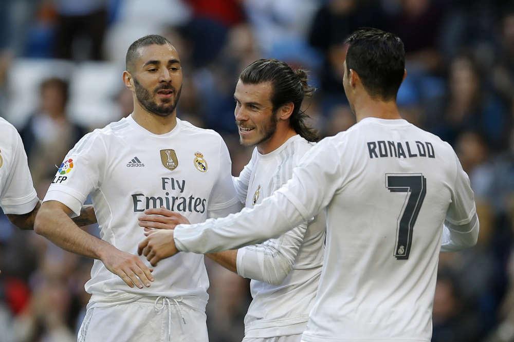 La BBC émet de nouveau.  Samedi face à Getafe, Benzema - en plein scandale de la sexe-tape- a inscrit un doublé, Gareth Bale et Cristiano Ronaldo, un but chacun. Grâce à cette victoire 4-1, le Real recolle au classement, à la 3e place à 4 points du leader barcelonais.