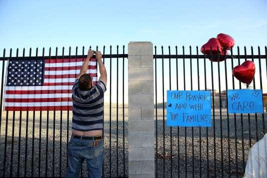 Sur les lieux de l'attentat à San Bernardino, en Californie, le 4 décembre.