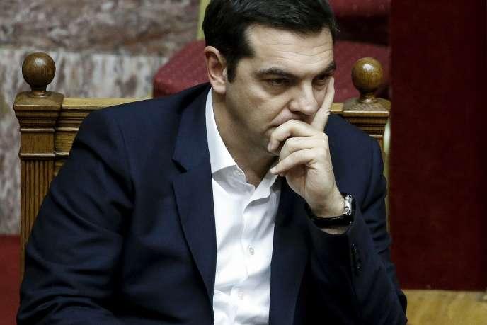 Le premier ministre grec, Alexis Tsipras, lors du vote du projet de budget 2016 par le Parlement, le 5 décembre.
