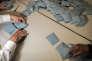 Dépouillement des urnes dans le bureau de vote de la mairie du Pontet pour les élections régionales de 2015 en Provence-Alpes-Cote d'Azur.