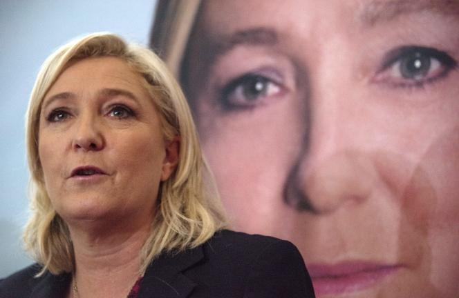 Conférence de Marine Le Pen à Lille, 7 décembre 2015. / AFP / DENIS CHARLET