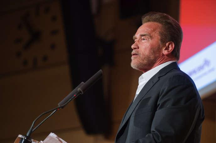 L'ancien gouverneur de Californie  Arnold Schwarzenegger à Science Po Paris, le 7 décembre 2015.