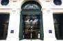 Le 25 novembre, LCL a inauguré en grande pompe le « 19 LCL », fruit de la rénovation de son siège historique boulevard des Italiens, à 300 mètres du « 2 Opéra » de BNP.