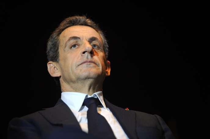 Dans ce dossier, Nicolas Sarkozy reste sous la menace d'un renvoi en correctionnelle, une menace persistante au moment où il entame la campagne pour la primaire pour la présidentielle de 2017.