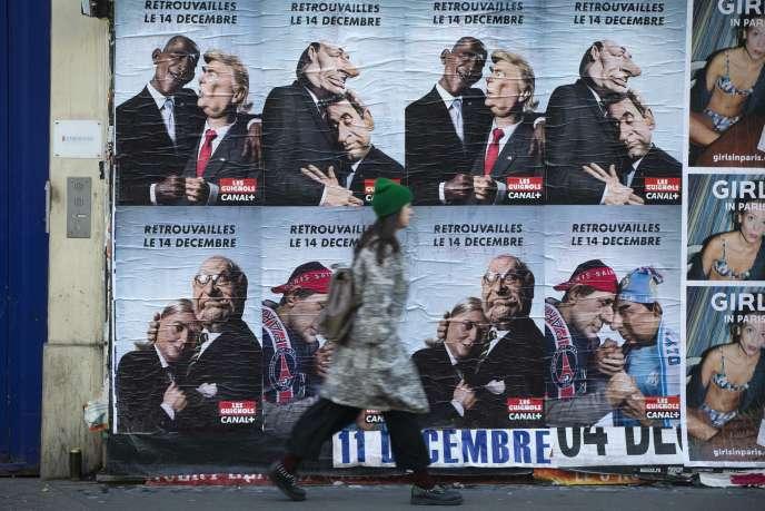 Affiches dans les rues de Paris annonçant le retour des Guignols de l'info en décembre.