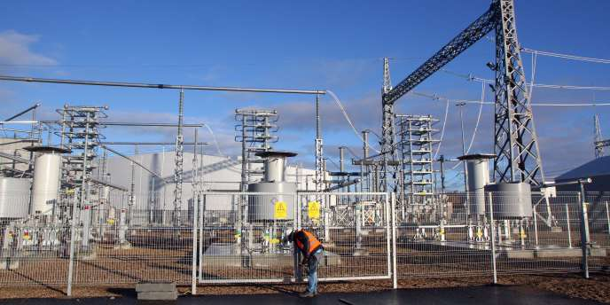 Une centrale électrique raccordée au câble électrique NordBalt à Klaipeda, en Lituanie.