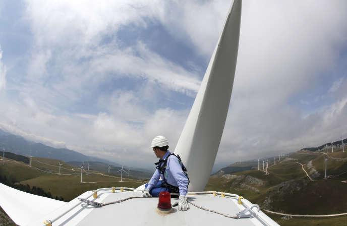 Ferme éolienne du groupe Enel à Frosolone, dans le sud de l'Italie
