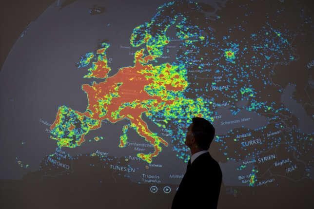 Pendant une présentation sur l'activité des botnets en Europe, en Afrique du Nord et au Proche-Orient, à Francfort, en juillet 2015.