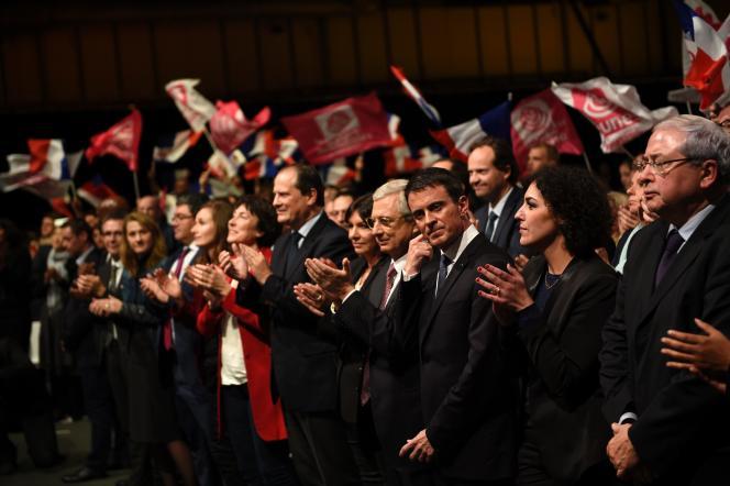 Manuel Valls, à un meeting à Paris de Claude Bartolone, tête de liste du PS en IDF pour les élections régionales.