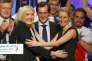 Marine Le Pen et Marion Maréchal-Le Pen, lors d'un meeting pour les régionales à Paris le 10 décembre 2015.