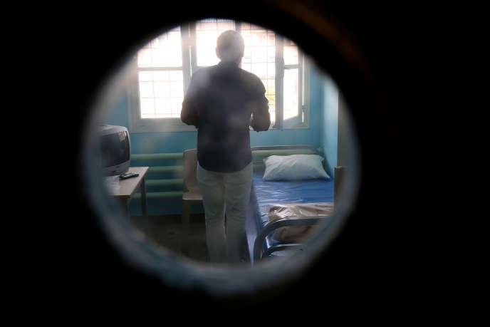 Un détenu dans la prison de Clairvaux à Ville-sous-la-Ferté le 4 août 2015.
