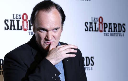 """Le réalisateur américain Quentin Tarantino lors de la première de son film """"Les 8 Salopards"""" à Paris, le 11 décembre 2015."""