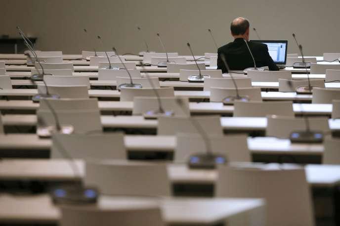 Dans une salle de réunion de la COP21, au Bourget, le 11 décembre.