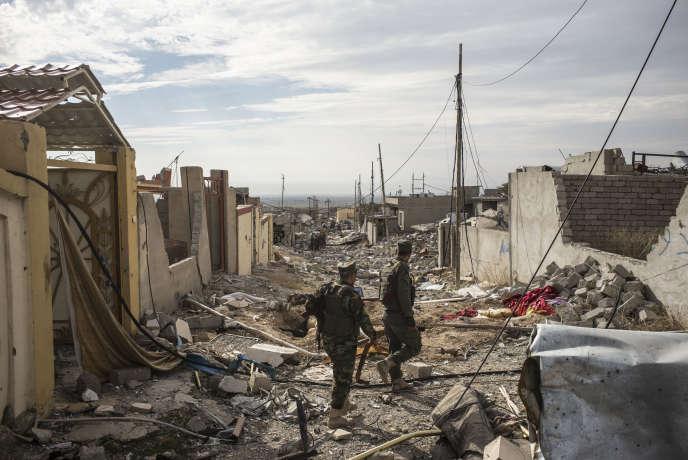 Combattants kurdes à Sinjar, en Irak, en novembre 2015.