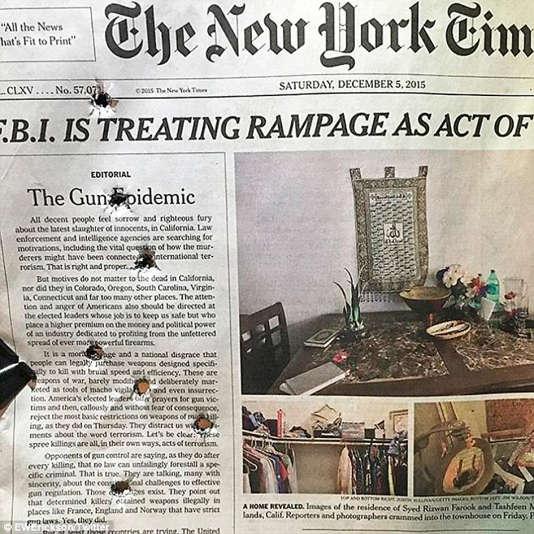 Après la fusillade  de San Bernardino, le New York Times a publié un éditorial demandant le contrôle de la vente des fusils d'assaut.  En réaction, le blogueur conservateur Erick Erickson a tiré sur le journal avec son 9 mm.