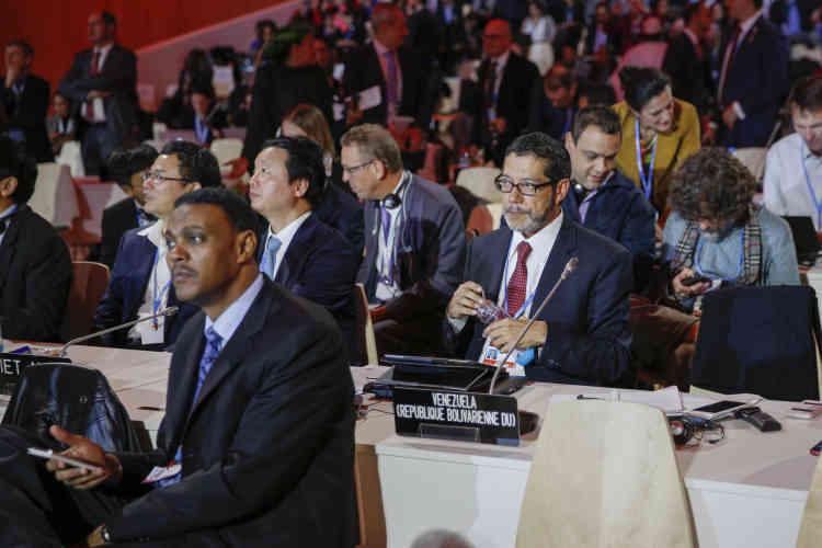 Le Délégué du Venezuela  dans la salle plénière …