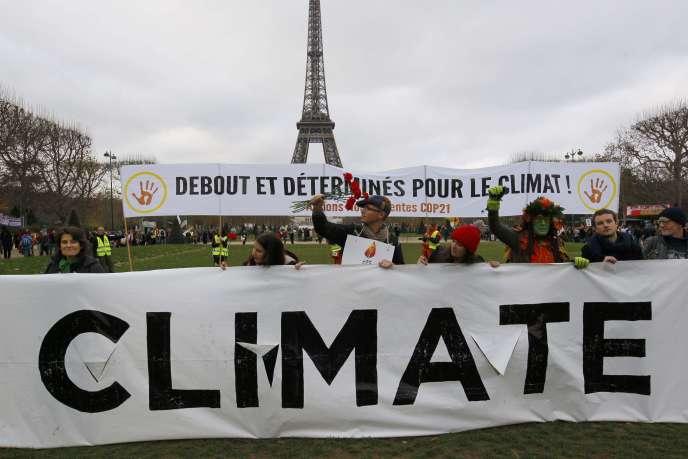 Manifestation pour le climat, à Paris, le 12 décembre 2015.