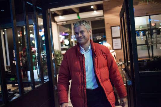 Laurent Wauquiez (Les Républicains), tête de liste de l'union de la droite, à Lyon le 13 décembre au soir.