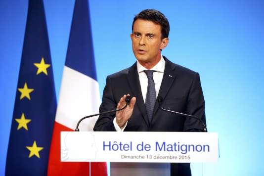 Allocution de Manuel Valls à Matignon, dimanche 13 décembre, au soir du second tour des régionales.