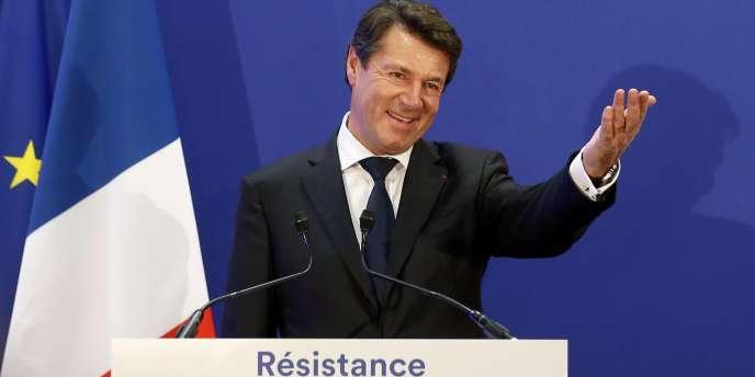 « Il faut réfléchir à un nouveau modèle politique pour répondre aux attentes de Français qui sont écœurés par les querelles politiciennes, un modèle qui fasse que la parole donnée soit fermement tenue », affirme Christian Estrosi.
