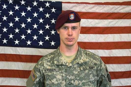 Porté disparu après avoir quitté sa base en Afghanistan en 2009, Bowe Bergdahl avait été libéré en mai 2014 en échange de cinq talibans détenus dans la prison militaire américaine de Guantanamo, sur l'île de Cuba.