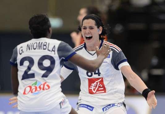 Alexandra Lacrabrere après son but victorieux lundi 14 décembre.