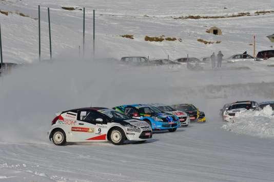 Dérapage en série lors de la deuxième étape du Trophée Andros, samedi 12 décembre  à Andorre.