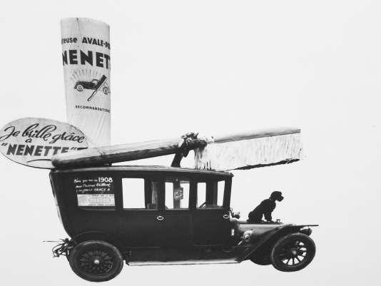 A partir des années 1950, la brosse Nénette devient l'ustensile de tous ceux qui veulent bichonner leur voiture.