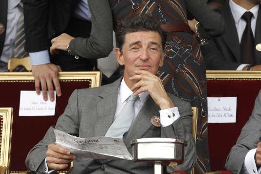 Edouard de Rothschild assiste au Prix de l'Arc de Triomphe, à Longchamp en 2010.