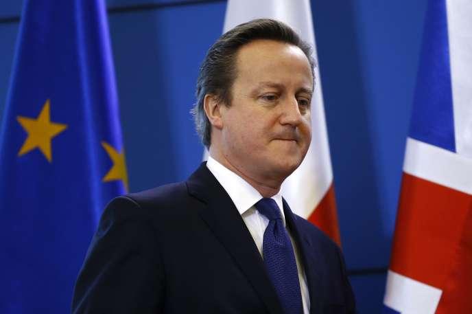 Le premier ministre britannique David Cameron à une conférence de presse à Varsovie (Pologne) le 10 décembre 2015.