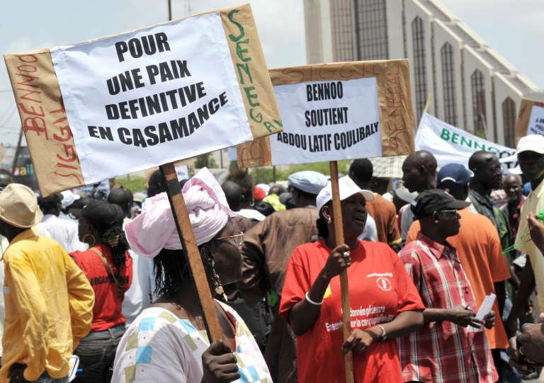 En 2010 lors d'une manifestation pour la paix enCasamance, région du Sénégal en proie à une rébellion armée depuis 1982.