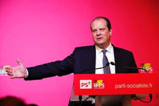 Jean-Christophe Cambadelis craint qu'Emmanuel Macron, «finisse en Brutus»