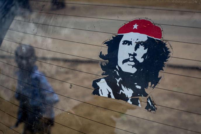 Premier créancier de Cuba, la France a précisé qu'elle procédera à l'annulation des intérêts de retard, soit 4 milliards de dollars