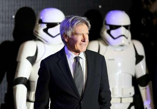 """Harrison Ford lors de la première du nouveau """"Star Wars"""" à Londres, le 16 décembre 2015."""