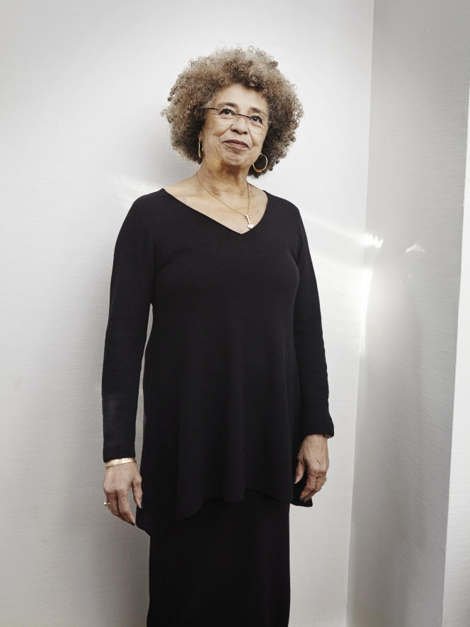 Angela Davis, à la Sorbonne, à Paris, le 3 décembre 2015.