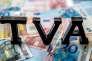 Inventée en France en 1954 – et adoptée depuis par 153 pays –, la taxe sur la valeur ajoutée (TVA) représentait en 2014 un produit de 156 milliards d'euros.