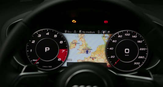"""Le """"Vitual Cockpit"""" affiche, face au conducteur, un écran central digital regroupant de multiples informations de configuration du tableau de bord."""