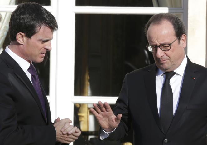 Manuel Valls et François Hollande, de plus en plus isolés à gauche sur la déchéance de nationalité.