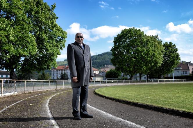 L'ex-président de la Fédération internationale d'athlétisme, Lamine Diack, à Champagnole (Jura), en 2014.