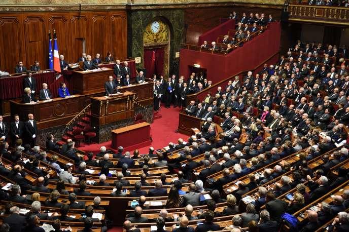 François Hollande devant le Parlement réuni en Congrès, à Versailles, le 16 novembre 2015.
