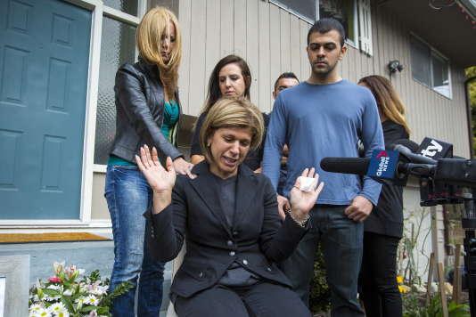 Tima Kurdi s'exprime devant les médias le 3 septembre 2015 à Coquitlam au Canada.