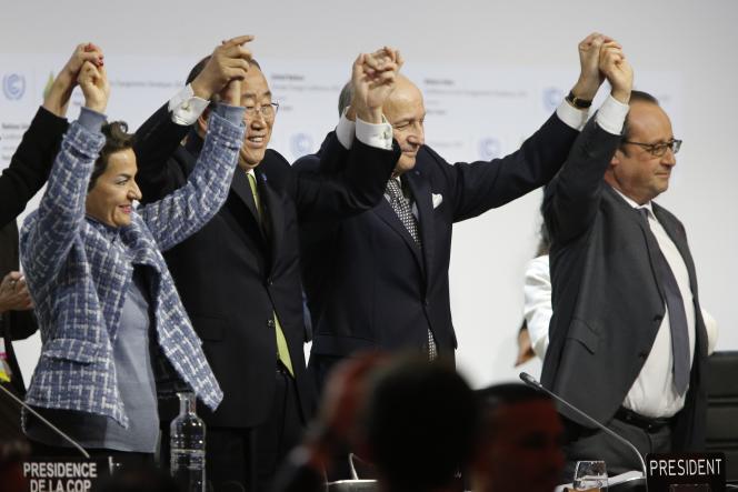 Au dernier jour de la COP21, au Bourget, le12 décembre 2015.