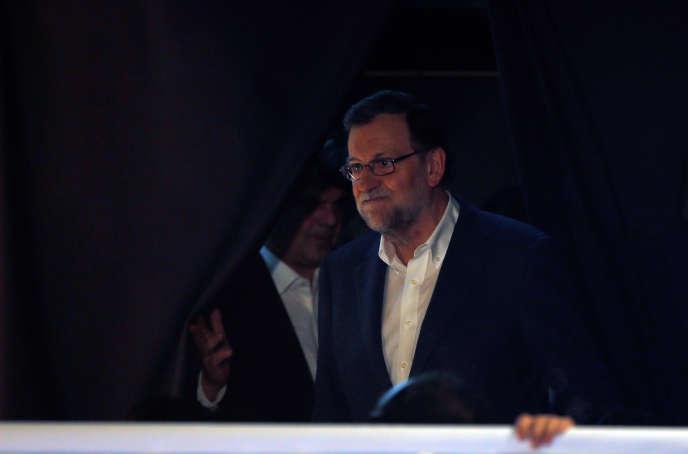 Mariano Rajoy, le dirigeant du Parti populaire espagnol, après l'annonce des résultats des élections, dimanche 20 décembre.