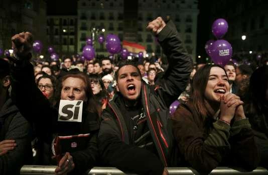 S'ils veulent gouverner, les socialistes du PSOE devront conclure des accords très larges.