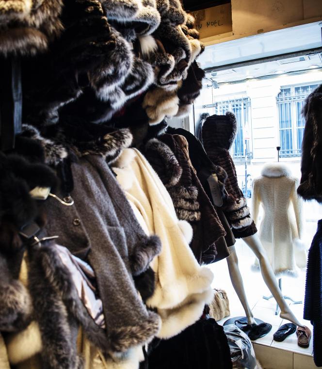 Dans la boutique Baya, rue d'Hauteville, dans le 10e arrondissment de Paris.