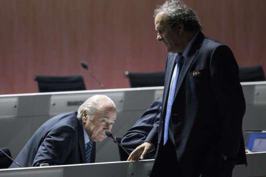 Joseph Blatter et Michel Platini, le 29 mai 2015 à Zurich, lors du 65e congrès de la FIFA.