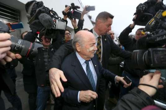 Sepp Blatter à une conférence de presse à Zurich le 21 décembre 2015.