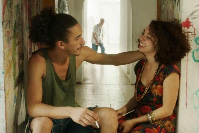 Montassar Ayari et Baya Medhaffar (qui interprète Farah) dans le film tunisien de Leyla Bouzid,