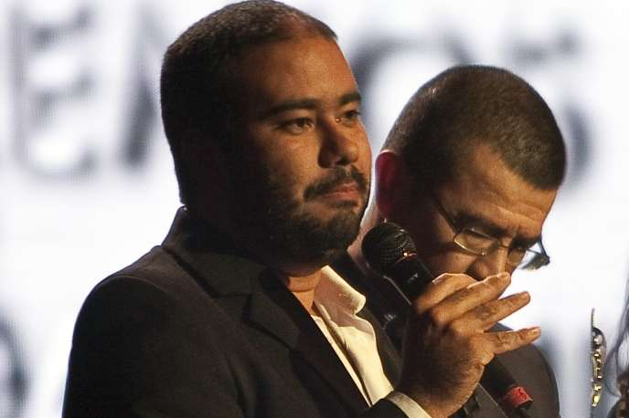Le réalisateur colombien Ciro Guerra lors d'une remise de prix à Bogota, le 21 octobre 2010.