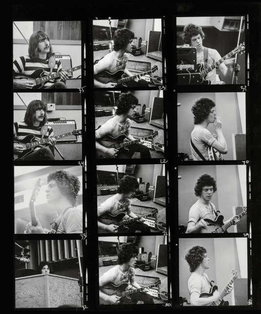 """A New York, en 1970, le photographe néerlandais Henri Ter Hall shoote une session d'enregistrement de """"Loaded""""."""